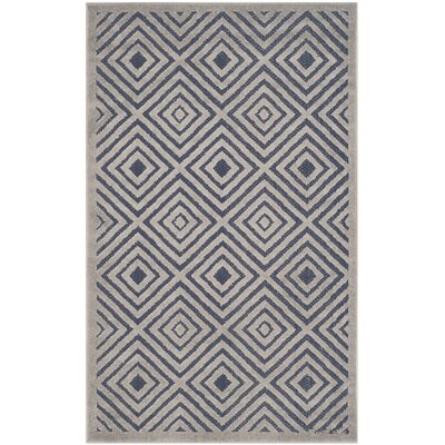 Mcgruder Cream/Navy Indoor/Outdoor Area Rug Rug Size: Rectangle 53 x 77