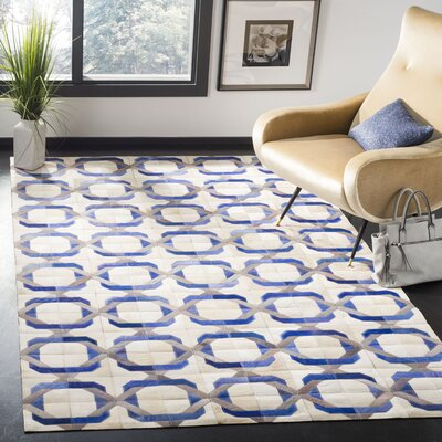 Cartwright Hand-Woven Ivory/Blue Area Rug Rug Size: Rectangle 5 x 8