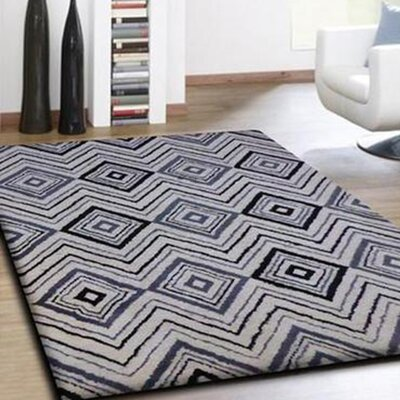 Alison Hand-Tufted Black/White Indoor Area Rug Rug Size: Rectangle 76 x 103