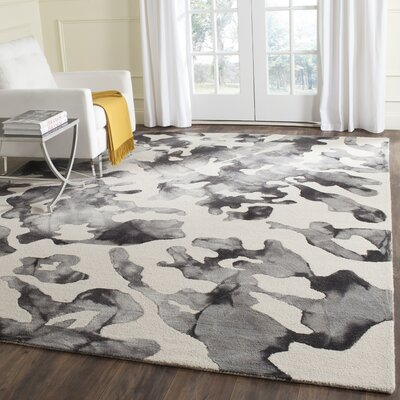 Chancey Dip Dyed Beige & Charcoal Area Rug Rug Size: Rectangle 4 x 6