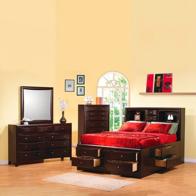 Wexford Storage Platform Customizable Bedroom Set