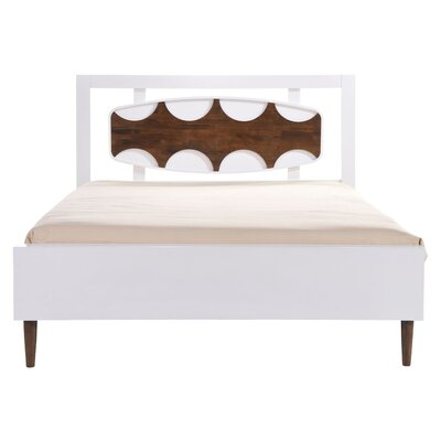 Harper Platform Bed Size: King