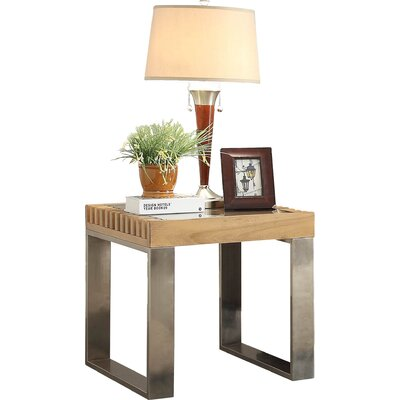 Jonestown End Table Finish: Natural