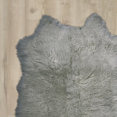 Bretta Handmade Silver Area Rug