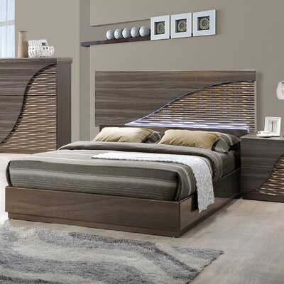 Carrara Platform Bed Size: Queen