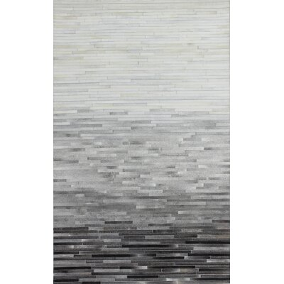 Leslie Flat woven Multi-color Area Rug Rug Size: 5 x 8