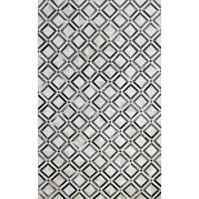 Leslie Flat woven Area Rug Rug Size: 5 x 8