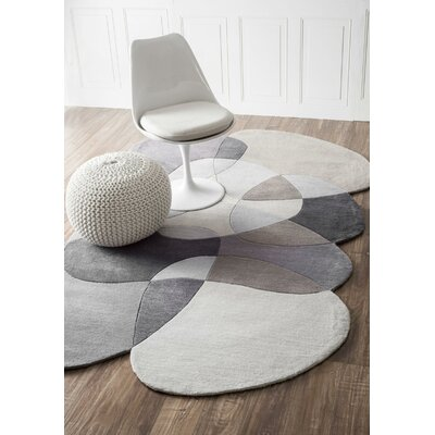 Kaiser Hand-Tufted Gray Area Rug