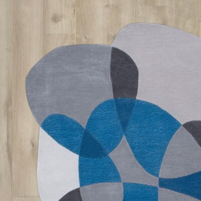 Kaiser Hand-Tufted Blue/Gray Area Rug