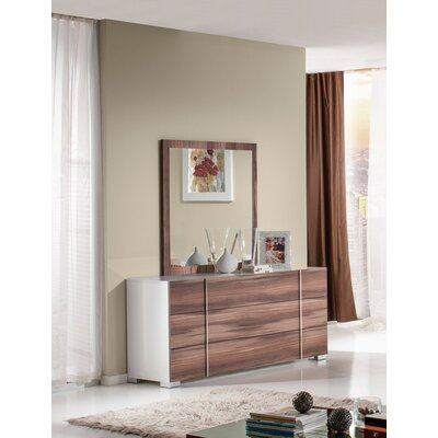 Vance 3 Drawer Dresser Color: White / Cherry