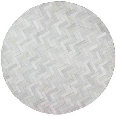 Davi Hand-Crafted Cream Area Rug Rug Size: Round 6