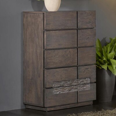 Holli 5 Drawer Chest