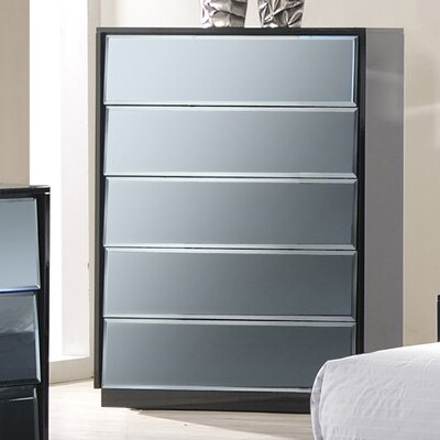 Yaseen 5 Drawer Chest