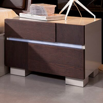 Canas 2 Drawer Nightstand