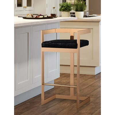 Deacon 26 Bar Stool