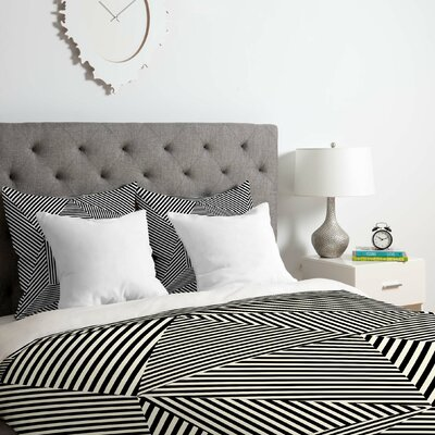 Corbin Dazzle Apartment Duvet Cover Set Size: Queen
