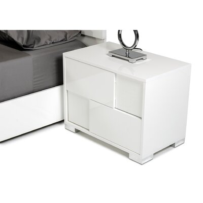 Colona 5 Drawer Chest with 2 Nightstands Color: White