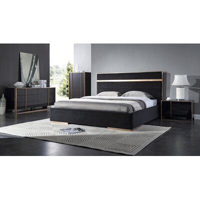 Ayaan Platform Bedroom Set Size: Eastern King