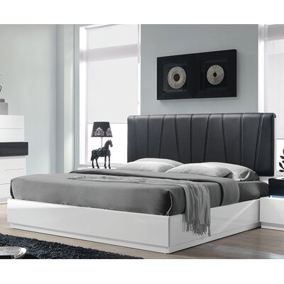 Linehan Upholstered Platform Bed Size: King