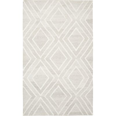Mata Kilim Hand-Woven Ivory Area Rug Rug Size: Rectangle 5 x 8