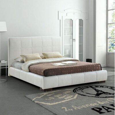 Forbes Upholstered Platform Bed Size: King, Color: White