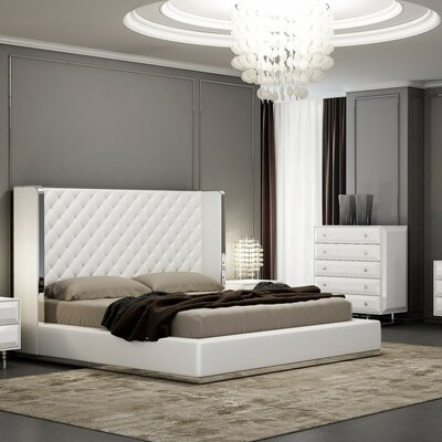Aesara Customizable Bedroom Set