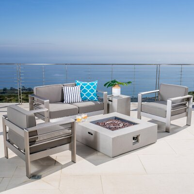Kit Outdoor 5 Piece Lounge with Cushion