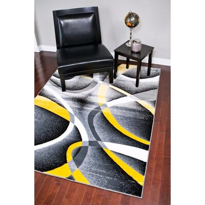 Maddox Yellow/Gray Indoor/Outdoor Area Rug Rug Size: 5 x 7