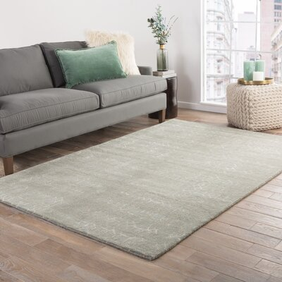 Bruce Hand-Tufted Green Area Rug Rug Size: 8 x 11