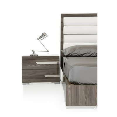 Sommerset 2 Drawer Wood Top Nightstand Orientation: Left Facing