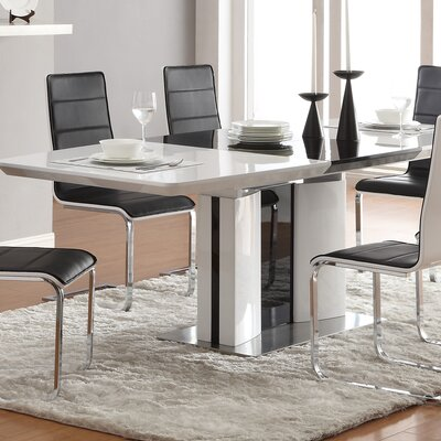 Yaqi Dining Table