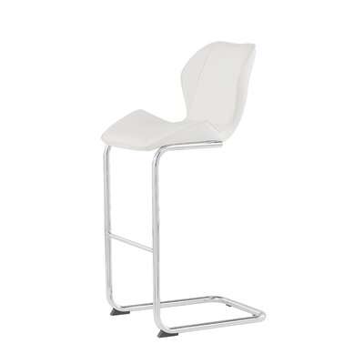 26 Bar Stool Upholstery: White