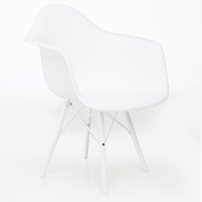 Junia Arm Chair