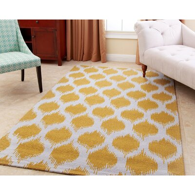 Curtis Hand-Tufted Yellow Area Rug Rug Size: 5 x 8