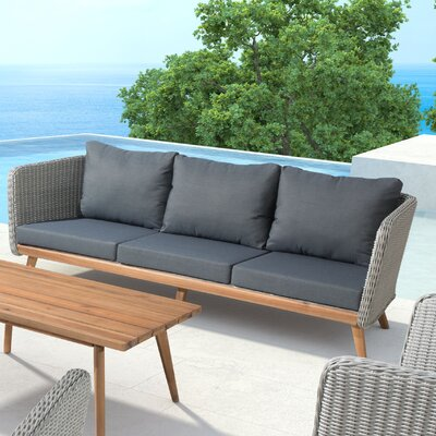 Des Moines Sofa with Cushions