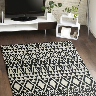Coldagh Wool Ivory/Black Area Rug Rug Size: Rectangle 86 x 116