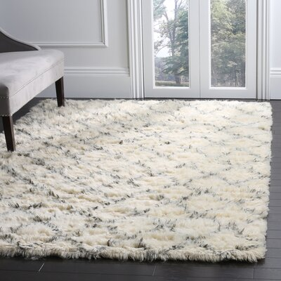 Friary Hand-Woven Ivory/Grey Area Rug Rug Size: Rectangle 6 x 9
