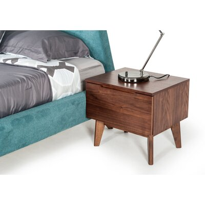 Drumnacole 1 Drawer Nightstand