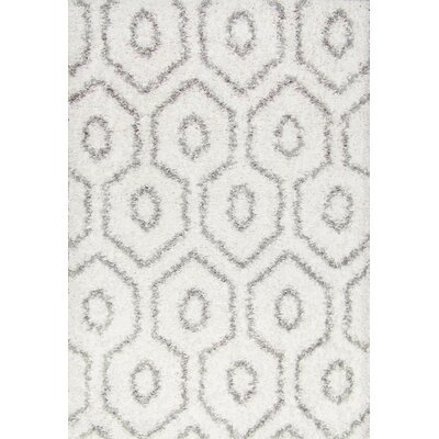 Constantia White Area Rug Rug Size: Rectangle 4 x 6