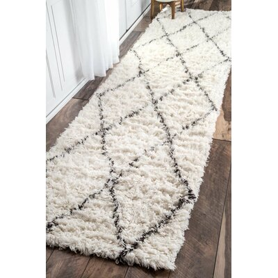 West Hand-woven Moroccan Shag Ivory Area Rug Rug Size: Runner 2'6