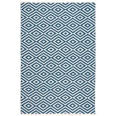 Alma Hand-Woven Navy Area Rug Rug Size: 5 x 76