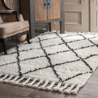 Twinar Hand-Knotted Wool Off White/Dark Grey Area Rug Rug Size: Rectangle 5 x 8