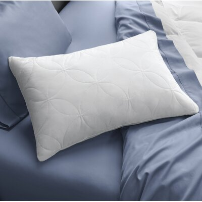 Cloud Soft & Lofty Memory Foam Pillow Size: Queen