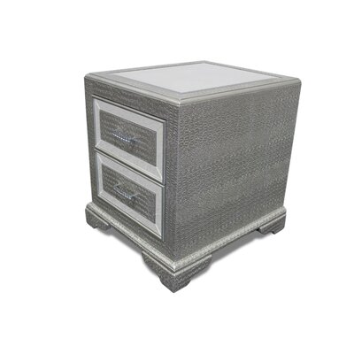 End Table Color: Silver