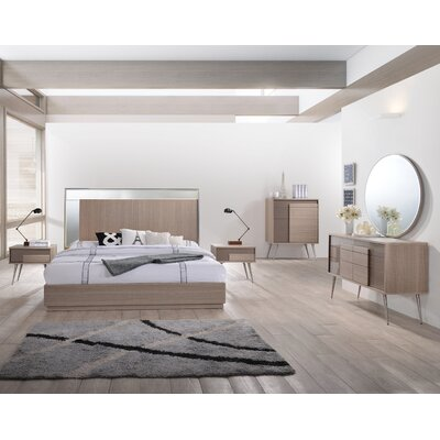 Brazil Platform 5 Piece Bedroom Set Size: King