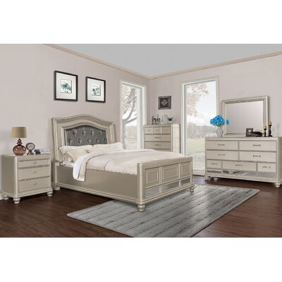 Panel 5 Piece Bedroom Set Size: Queen