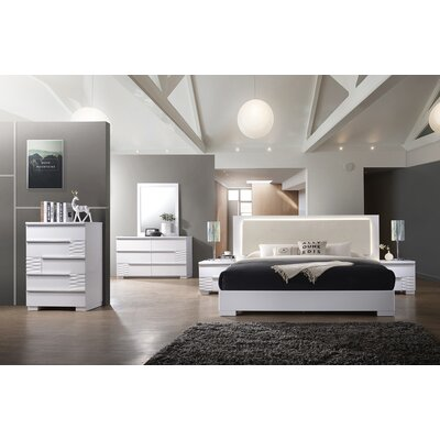 Fenner Platform Customizable Bedroom Set Size: California King