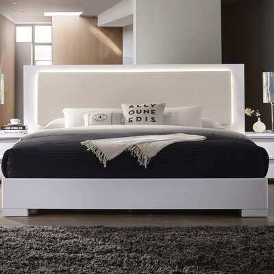 Annette Platform Bed Size: Queen