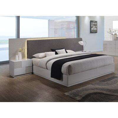 Lyset Upholstered Platform Bed Size: King