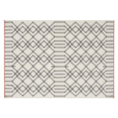 Killim Duna Handmade Gray Area Rug Rug Size: Rectangle 68 x 910
